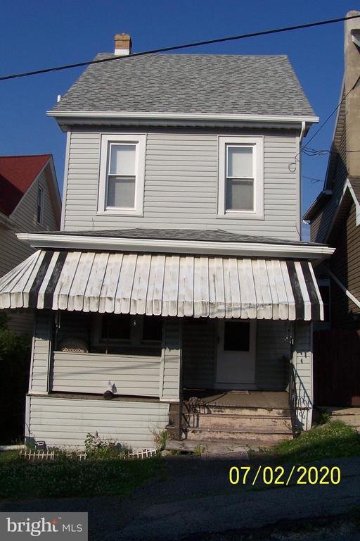 219 East Street E, Coaldale, PA 18218