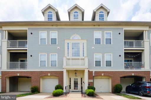 11322 Westbrook Mill Ln #202, Fairfax, VA 22030