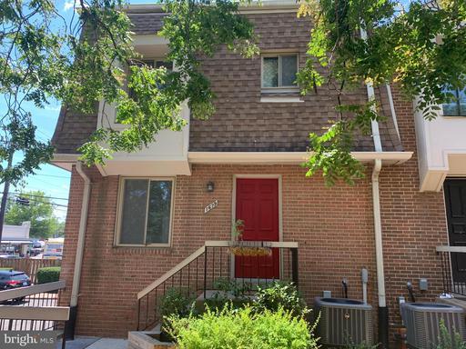 1679 Kenwood Ave #B