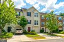 8049 Horseshoe Cottage Cir