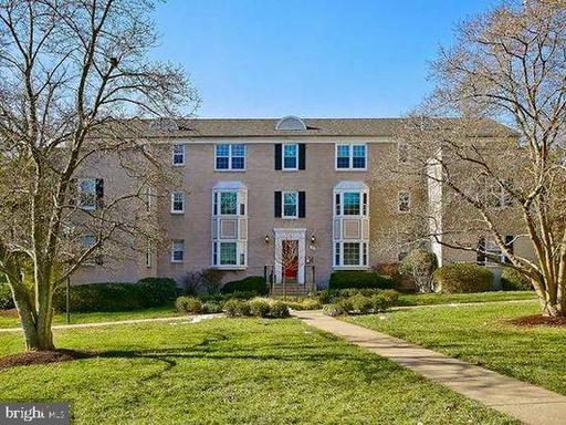 814 S Arlington Mill Dr #204