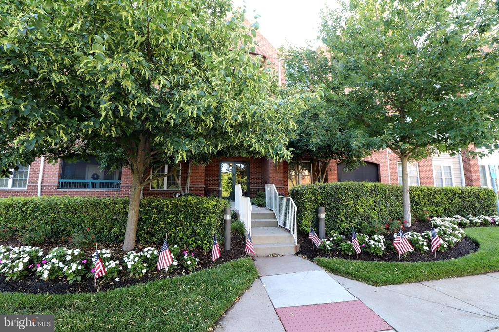 13891 Chelmsford Dr #A307, Gainesville, VA 20155