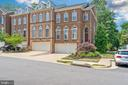 6918 Inlet Cove Dr