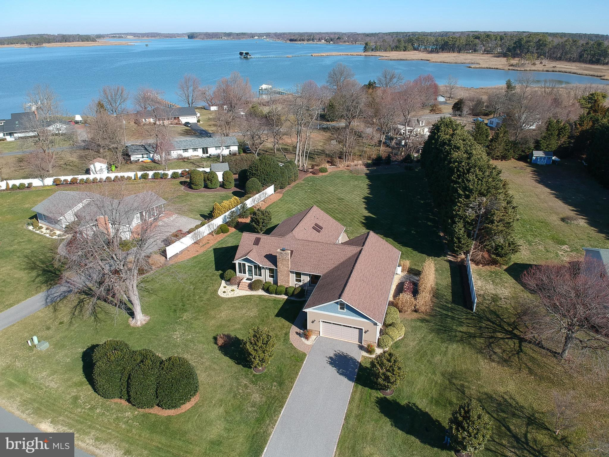601 Old Point Rd, Chester, MD, 21619