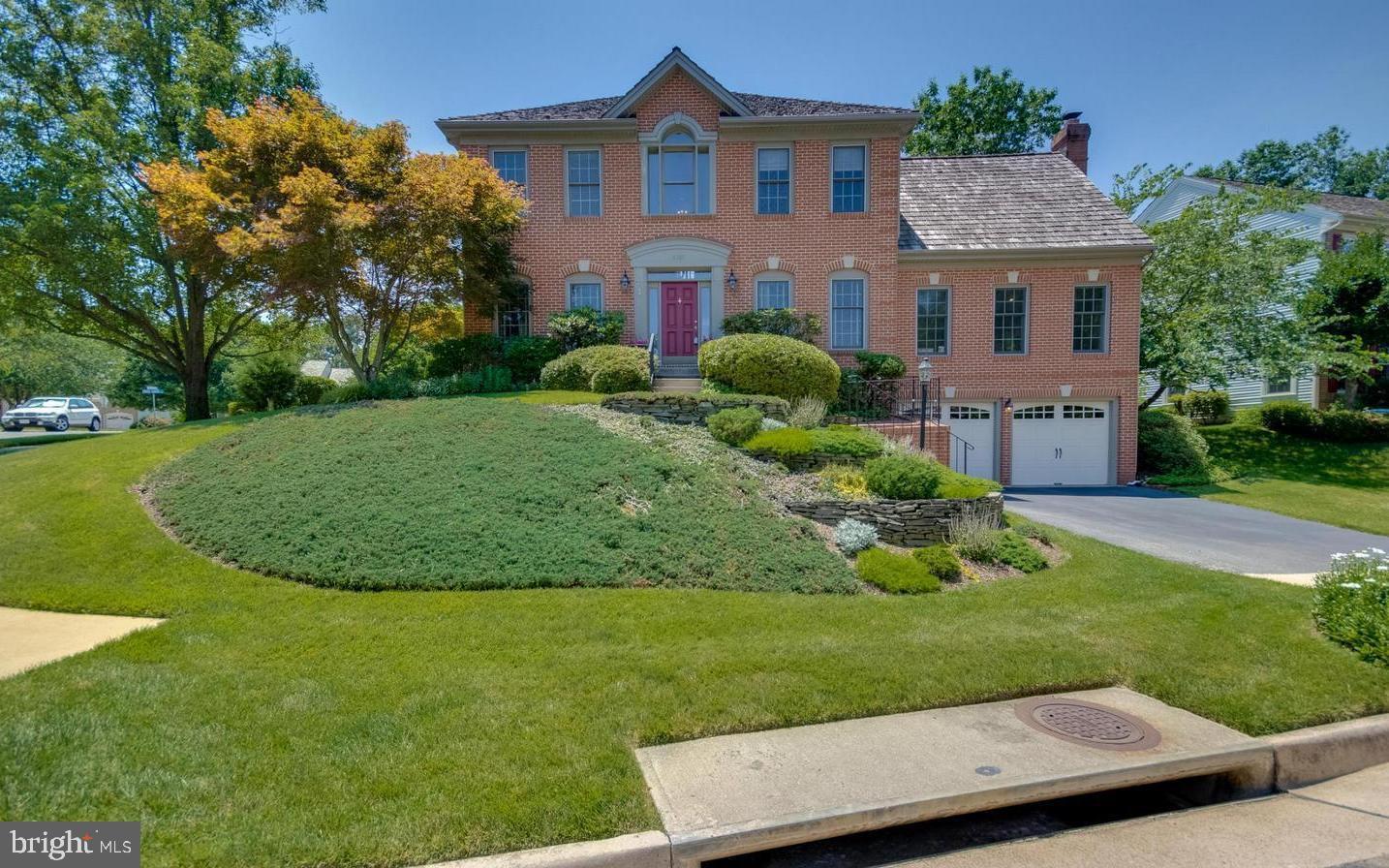 Springfield                                                                      , VA - $799,900