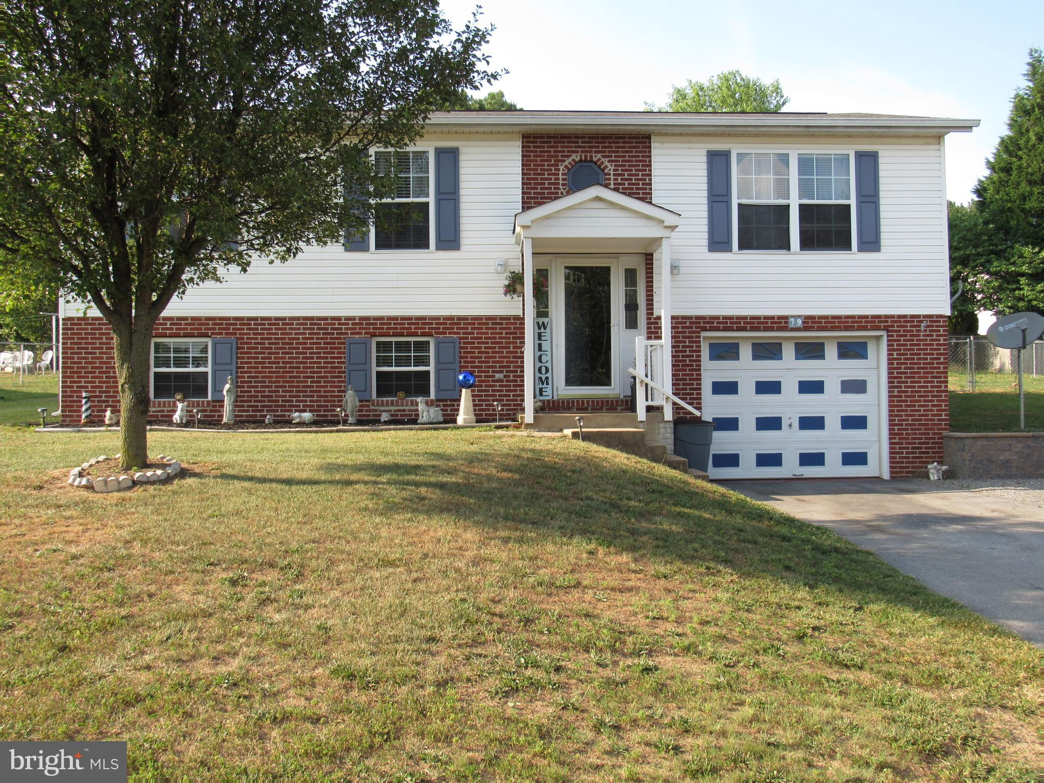 79 Grove Farm Ln, Martinsburg, WV, 25404