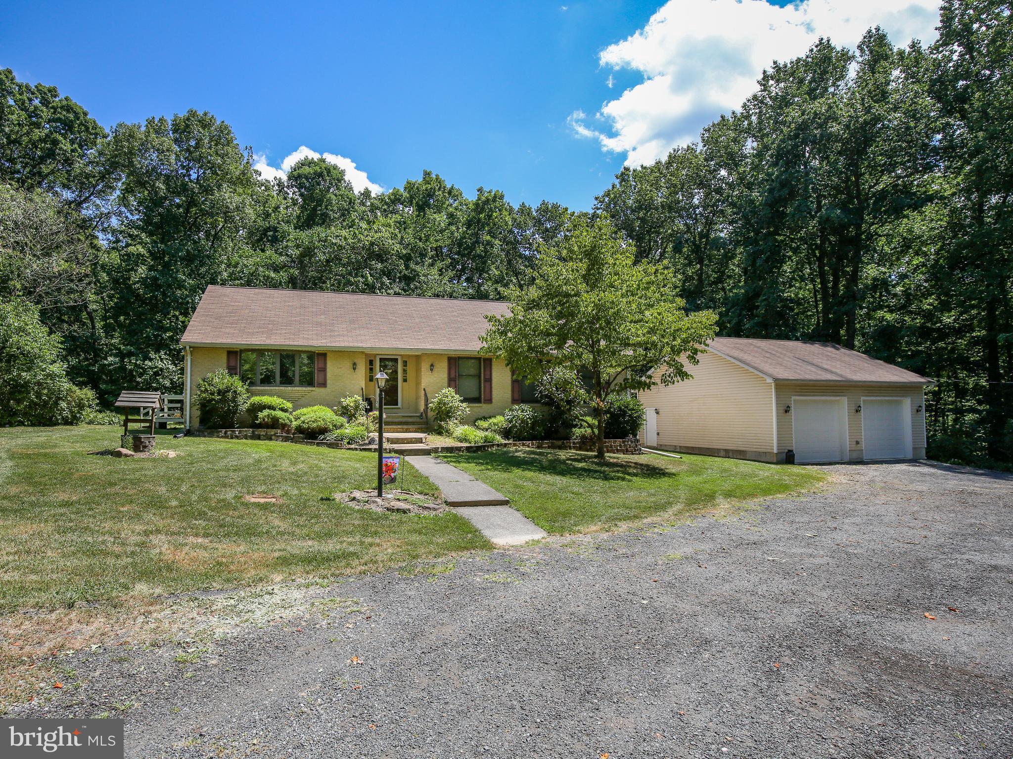 345 Ebenezer Rd, Bluemont, VA, 20135
