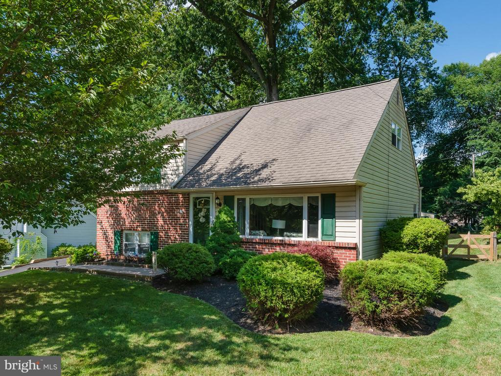 Charming 3 bedroom, 1.5 bath single nestled in desirable Great Valley School District. 21 Sunset is part of an established, community centric development. You will instantly feel at home when you pull onto the tree lined streets that are reminiscent of small town living, but perched perfectly in the heart of Paoli. The home welcomes you by means of the warm and inviting living room. A large bay window allows this space, complete with rich hardwood floors, to be bathed in natural light. This area transitions seamlessly to the eat-in kitchen. Truly the heart of this well maintained home, the kitchen boasts granite countertops, sleek pristine white cabinetry, paired beautifully with stainless steel appliances. This area of the home also holds french doors that open to the sprawling deck that overlooks the spacious backyard, surrounded by a mature grove of trees to shade this well-sized lot. The second story of the home holds two perfectly sized bedrooms, with storage and shared use of a hall bath. Just a few steps from this level you will find the private master suite. This space is an owner's independent oasis, and the ideal spot to unwind after a long day. Aside from the primary living areas, you will find the professionally finished basement. A great place to watch the big game, in use as a family room, or this area can be converted to an at home office, playroom, exercise room, the options are endless. An additional bath is also housed on this level. Close to many major routes, public transportation, rail transportation, as well as the restaurants and shops of Paoli, 21 Sunset is a must see.