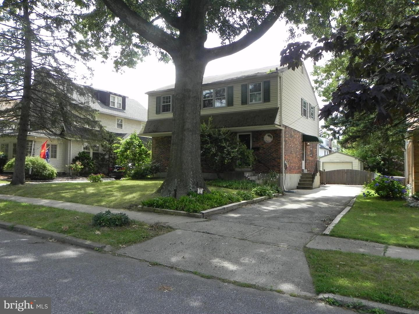 31 W Clearfield Road Havertown, PA 19083