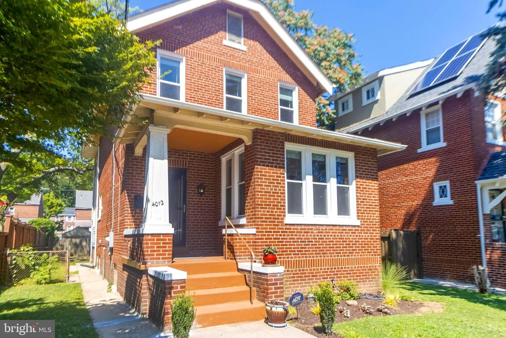 Buyer's Financing Has Created Your 2nd Chance: This bright, well-maintained brick home is located in the Michigan Park neighborhood of DC. This nearly 3,000 square foot home features four bedrooms with three and a half bathrooms and a bonus room that can be used a study or den on the main level. The home has wood trim throughout, refinished, and new hardwood floors and a fireplace. Enjoy plenty of relaxing, playing, or gardening in the back or front yard space! A full basement with lots of potential; large open space, room for storage, laundry area, and a half bath that is ready for possible expansion to a full bath. The home is conveniently located to Arlington and Alexandria via 295, 395 or 495. Located one mile from restaurants and shops on Monroe Street NE and 12th Street NE (Catholic University), a few minutes to Union Market, Langdon Park, and the Woodridge Neighborhood Library. Home has detached garage parking space. Don't miss your chance to own in DC for under $600K! Fully livable but sold as-is.