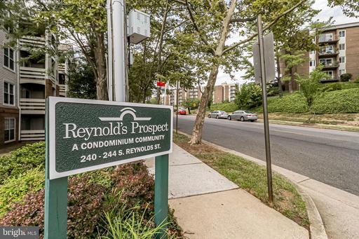240 S Reynolds St #306, Alexandria, VA 22304