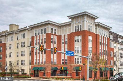 2655 Prosperity Ave #312, Fairfax, VA 22031