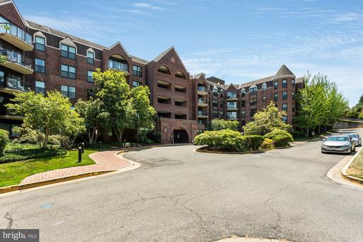 2100 Lee Hwy #309, Arlington, VA 22201