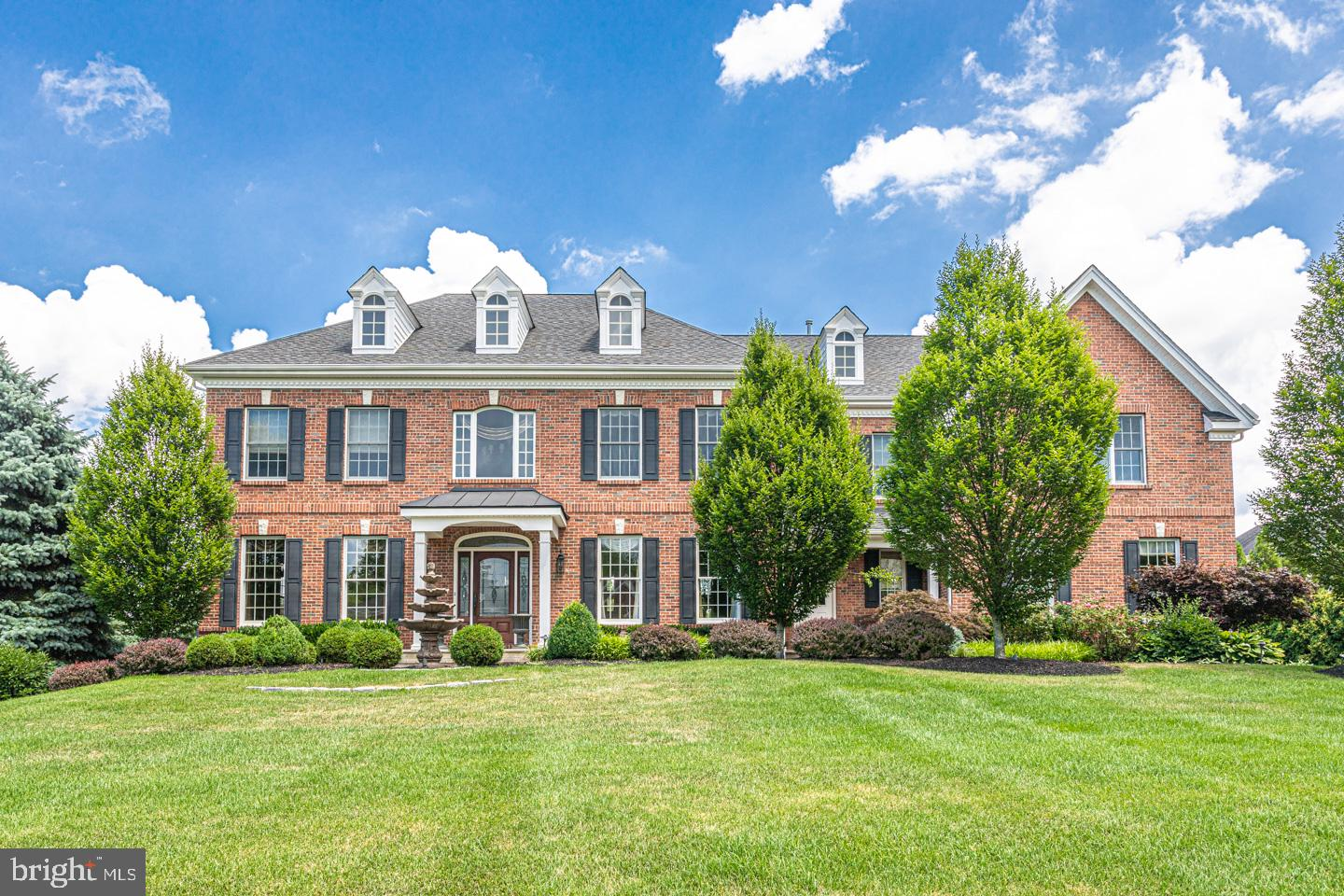 1 FOXHALL RD, NEWTOWN, PA