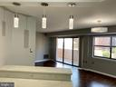 1301 N Courthouse Rd #903