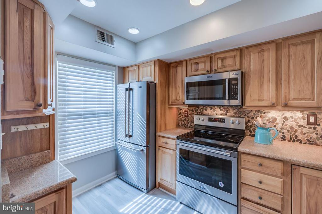 Photo of 3368 Lakeside View Dr #14-7