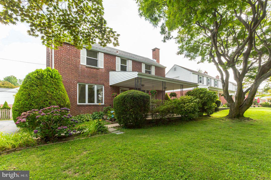 221 Farnham Road Havertown, PA 19083