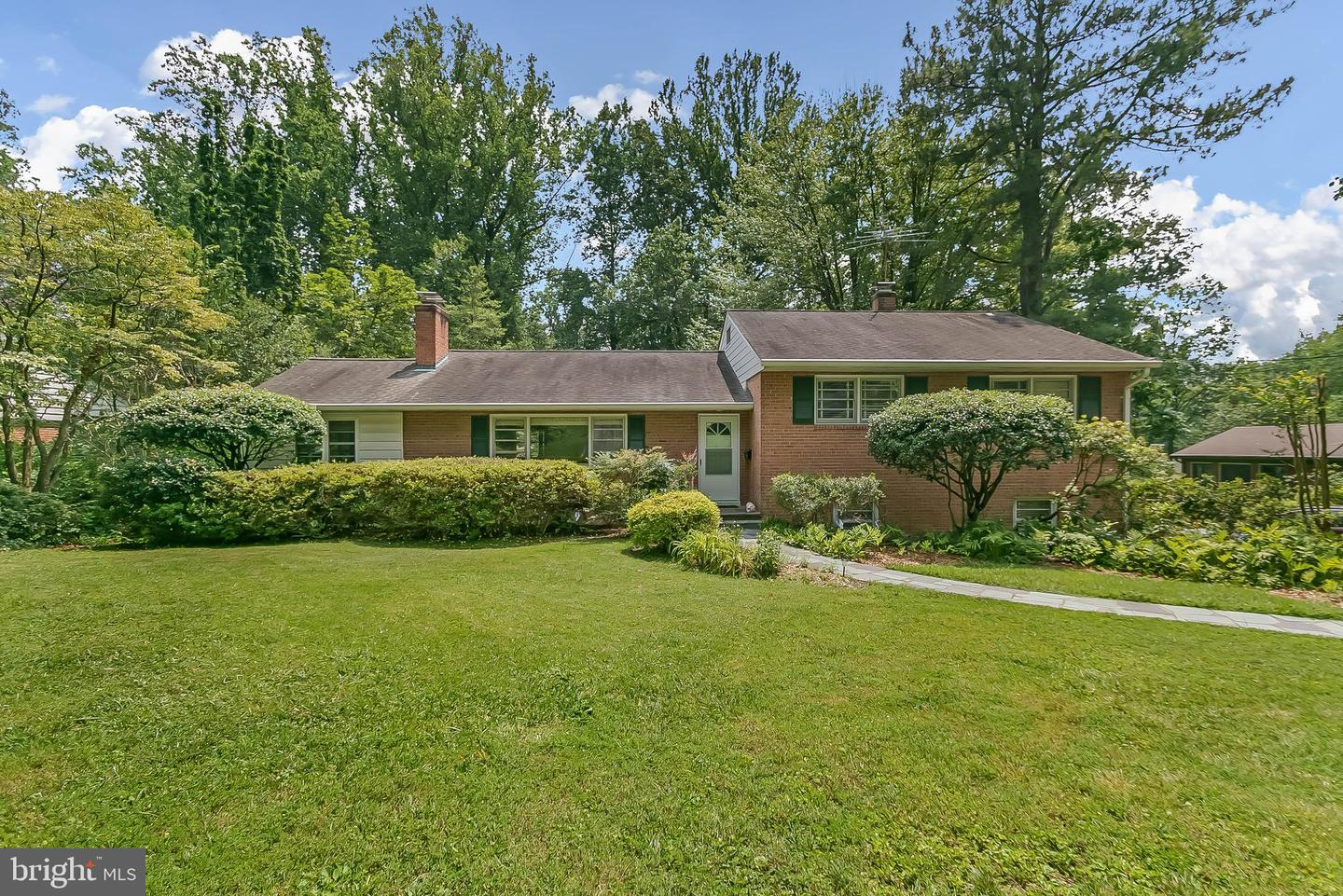 6443 Lily Dhu Lane   - Fairfax, Virginia 22044