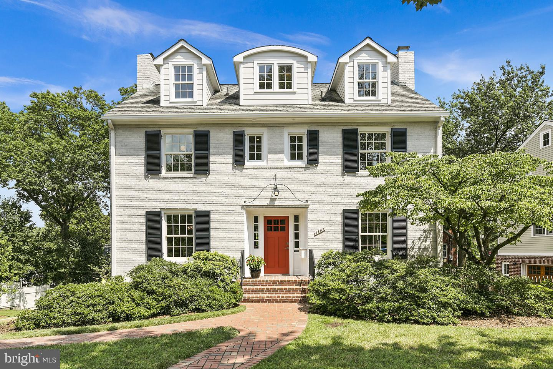 1805 Harvard Street   - Arlington, Virginia 22201