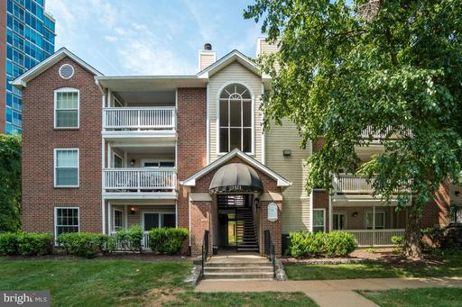 1521 Lincoln Way #101