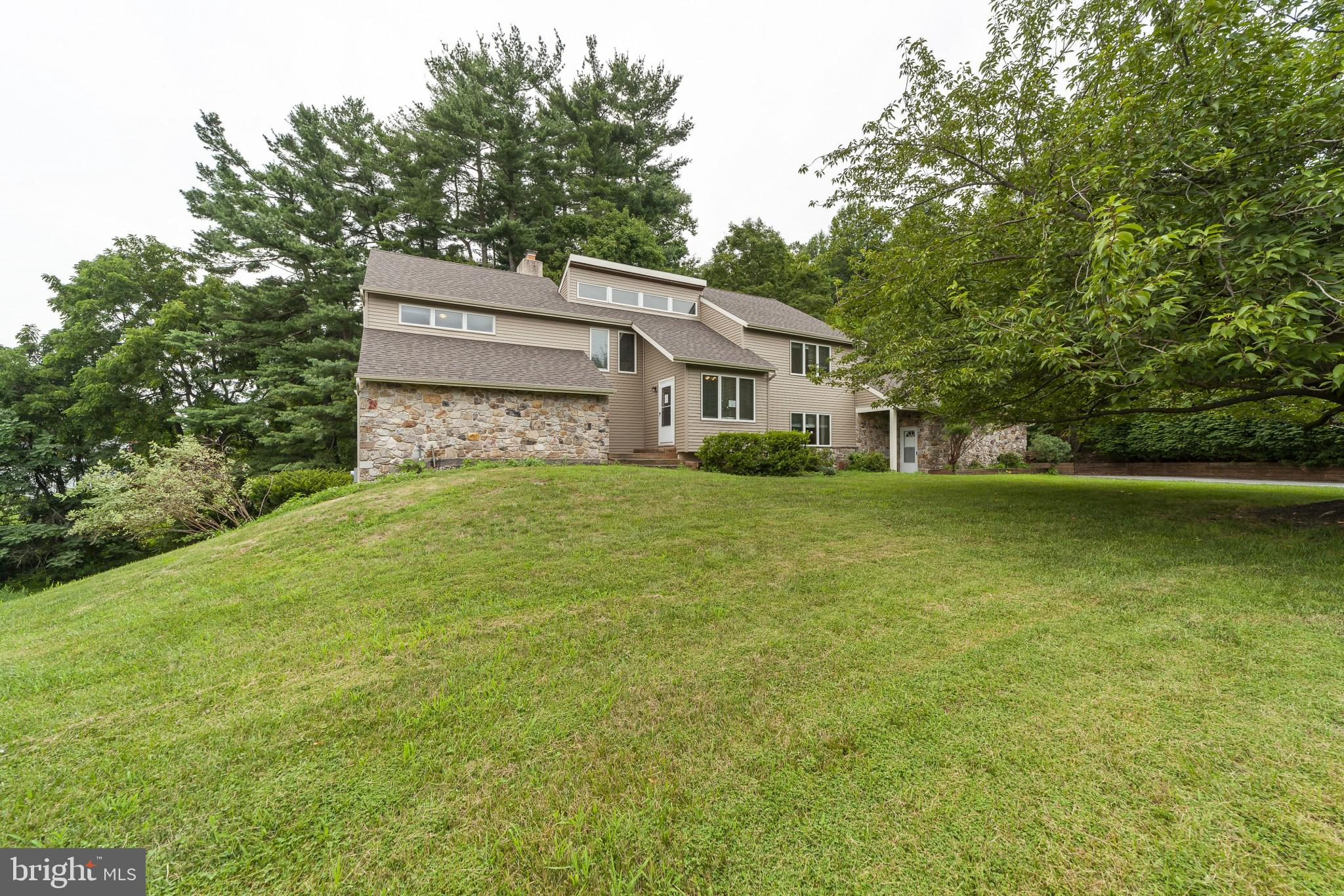 525 Legion Dr, West Chester, PA, 19380