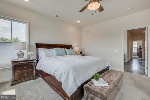 3994 Norton Pl, Fairfax 22030