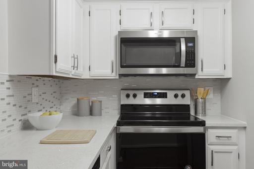 2400 Clarendon Blvd #212, Arlington, VA 22201