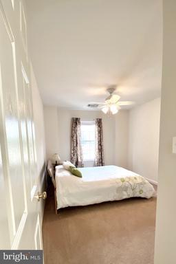 14101 Wood Rock Way Centreville VA 20121