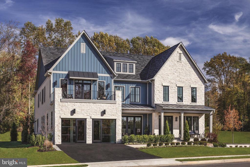 7192 Greyson Woods Ln, McLean, VA 22101