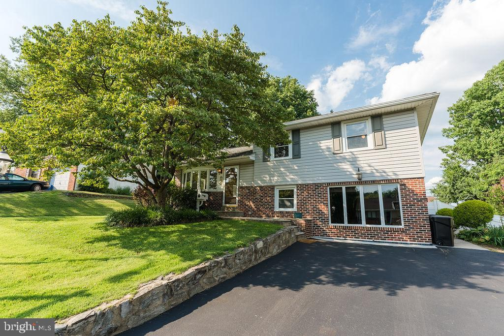 200 Durley Drive Broomall, PA 19008