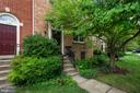 1135 Quaker Hill Ct