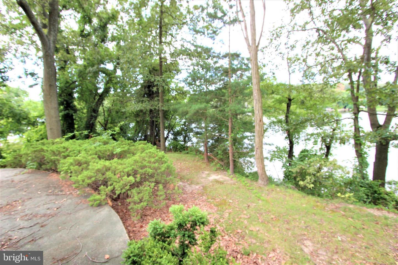 6 Fetter Lane   - Severna Park, Maryland 21146
