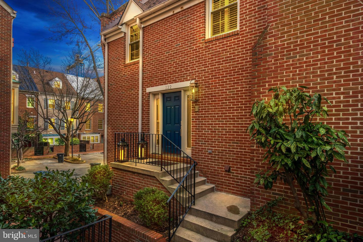 122 Waterford Place   - Alexandria City, Virginia 22314