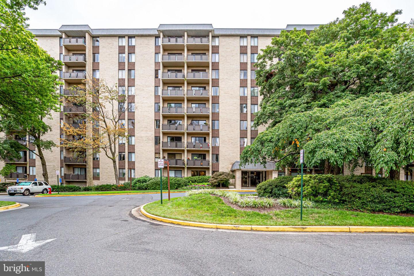6001 Arlington Boulevard  #616 - Falls Church, Virginia 22044