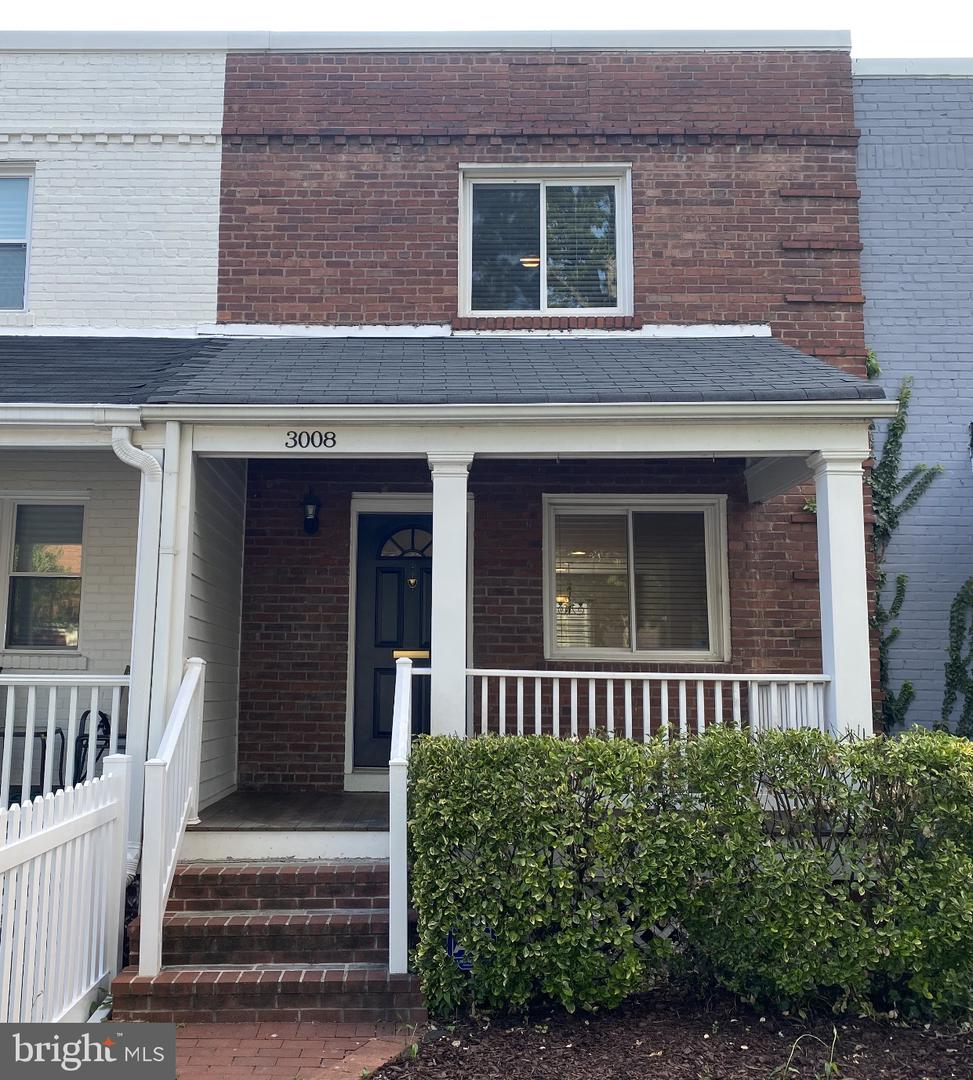3008 Manning Street   - Alexandria City, Virginia 22305