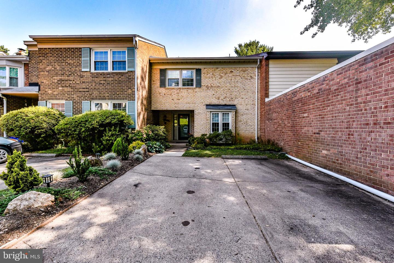 924 Moorefield Creek Road SW  - Fairfax, Virginia 22180