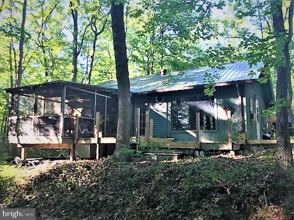 734 Evergreen Farms Drive, Wardensville, WV 26851