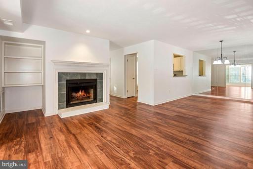 10141 Oakton Terrace Rd