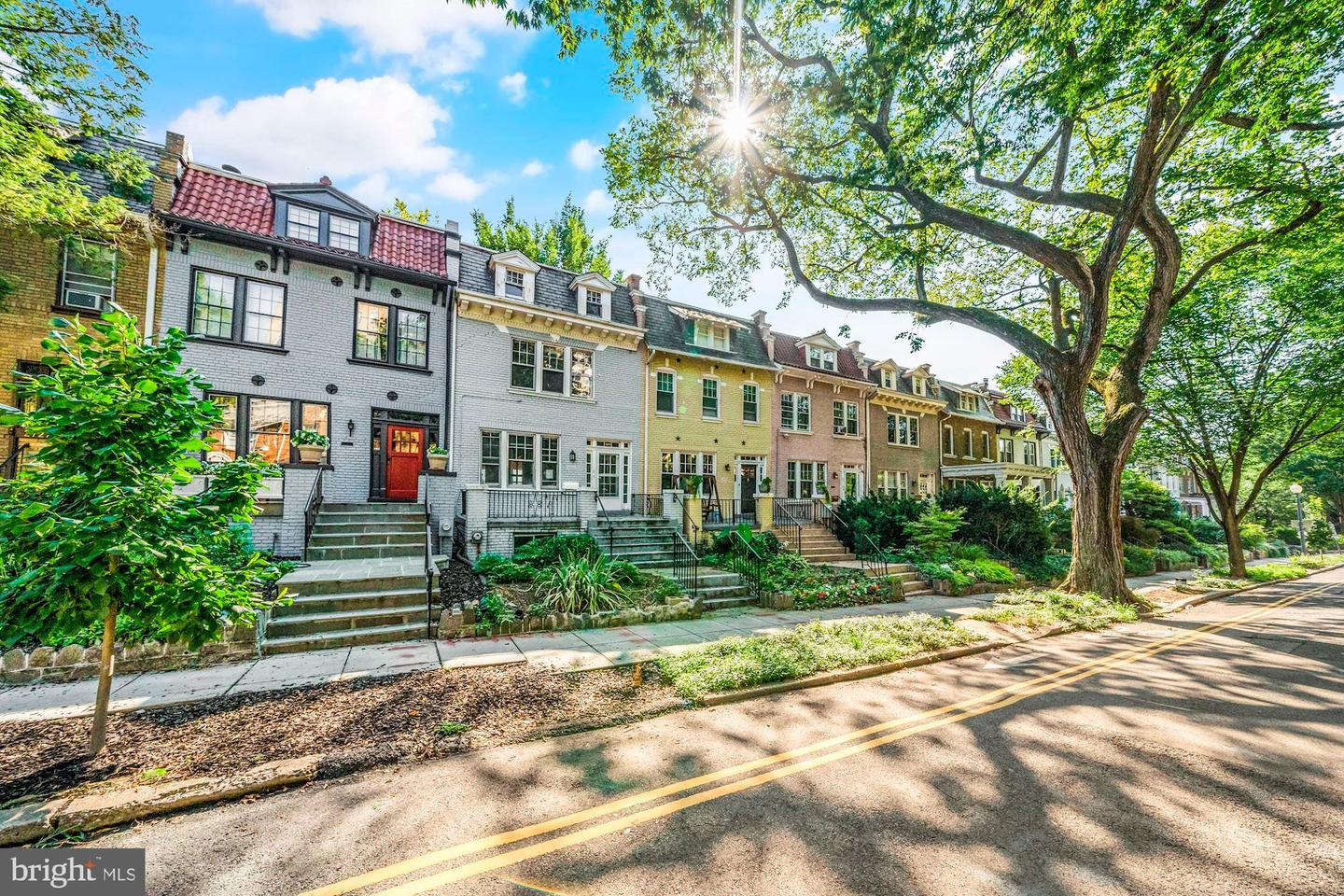 2723 Woodley Place NW  - Washington, District Of Columbia 20008