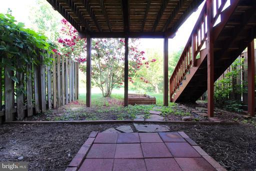 43537 Plantation Ter Ashburn VA 20147