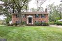 4235 Willow Woods Dr