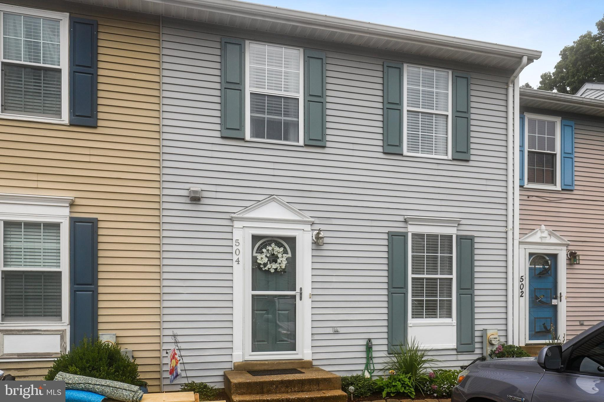 Mdaa443362 Interior Row Townhouse Real Estate 504 Realm