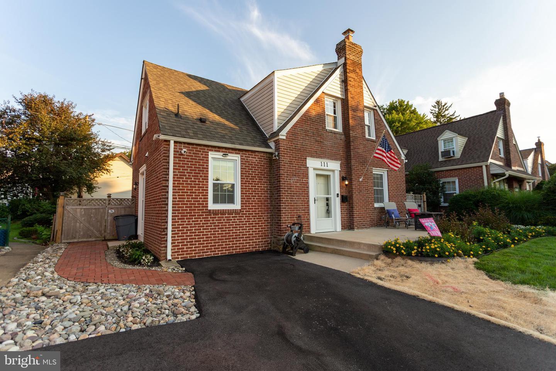 111 Ivy Rock Lane Havertown, PA 19083