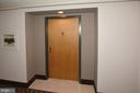 1808 Old Meadow Rd #318