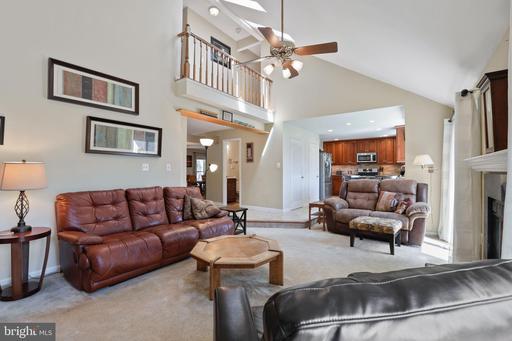 5632 Barrymore Rd Centreville VA 20120