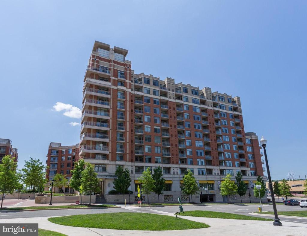 Photo of 3600 S Glebe Rd #523w