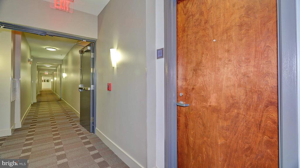 Photo of 1800 Wilson Blvd #235