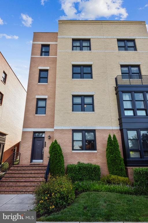 1913 Richmond Hwy #101, Alexandria, VA 22301