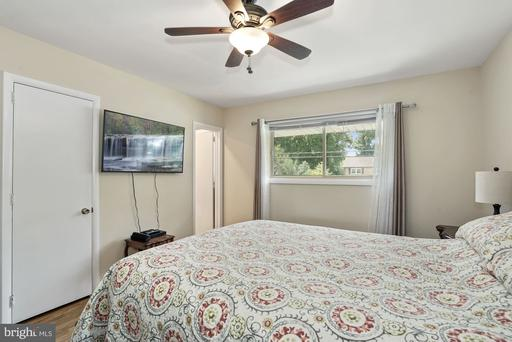 3309 Sleepy Hollow Rd Falls Church VA 22044