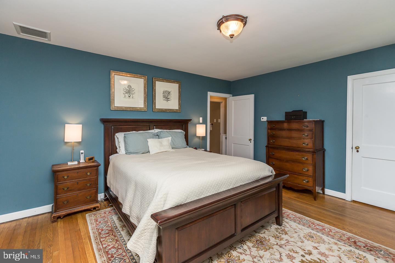 506 Brookview Lane Havertown , PA 19083